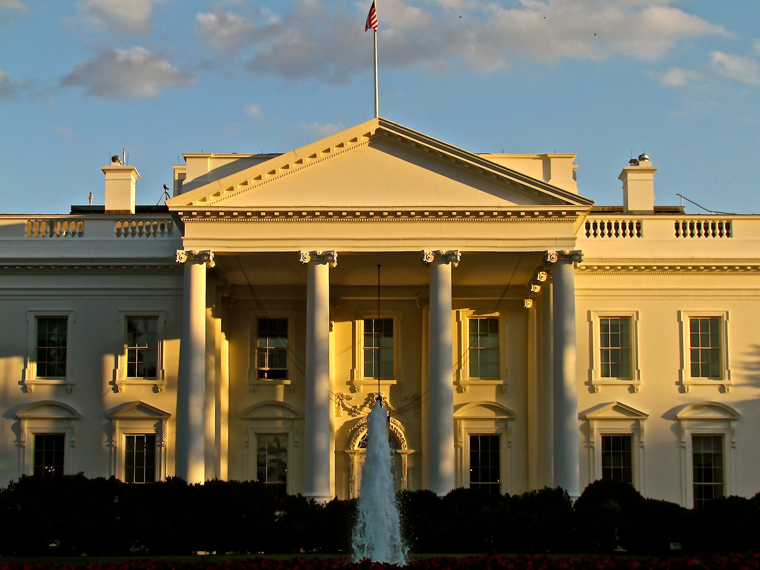 The north facade of the White House at sunrise.